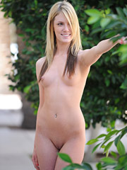 Riley strips down in a public place